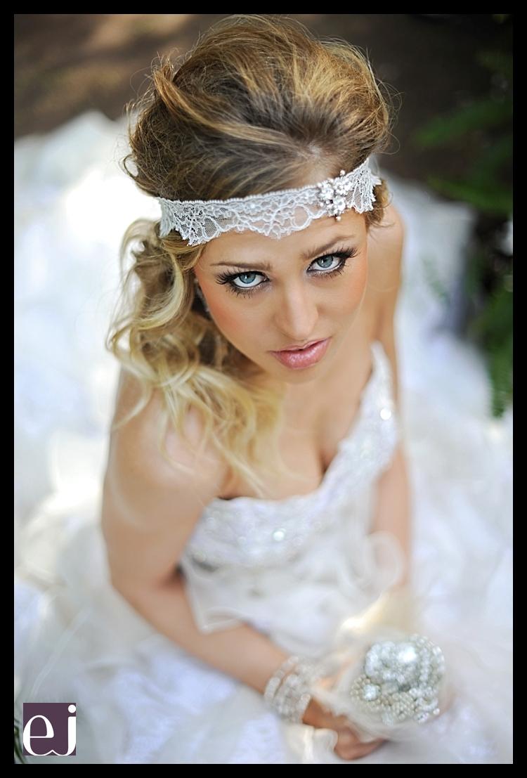 Emmajane_thewhitedressweddinggowns-125.full