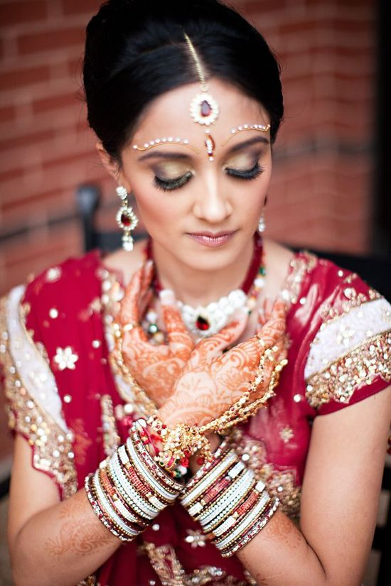 Gina Meola Photography cultural-real-wedding-indian-weddings-chicago-il-gold-red-mahogony-bride-ornate-details__full