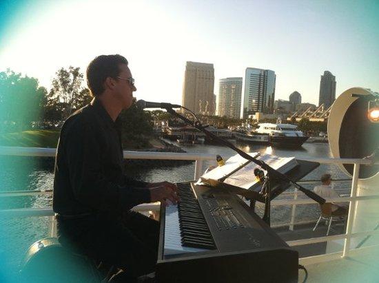 photo of Brian Stodart - DJ/EMCEE/VOCALIST/PIANO/GUITAR/PERCUSSION