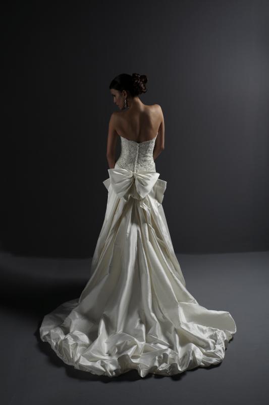 photo of 8472 Dress