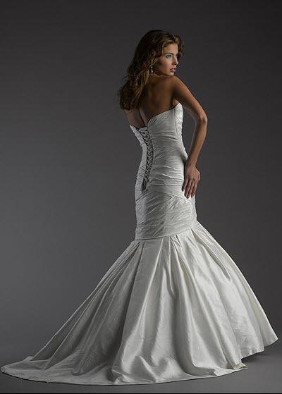 Bellissima-bridal-letizia-back.full