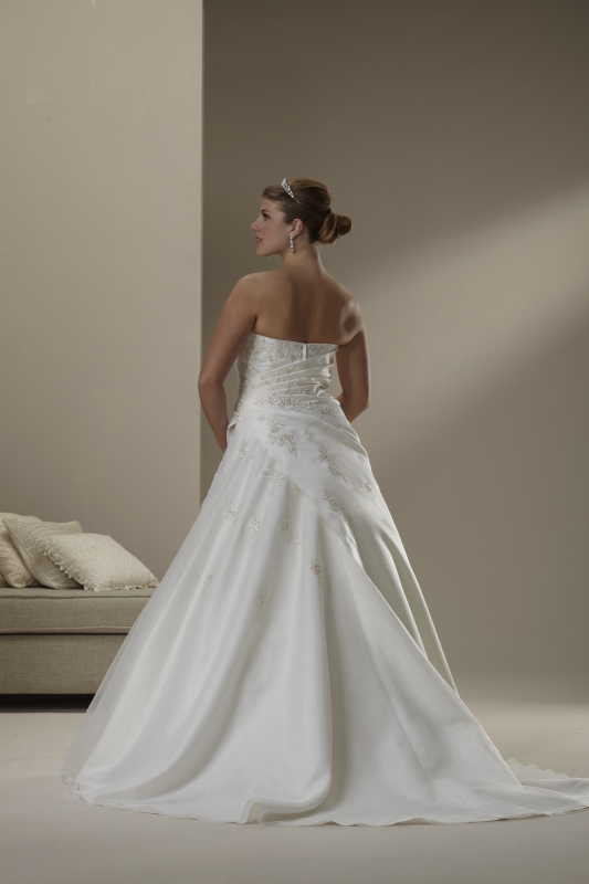 photo of 4517 Dress