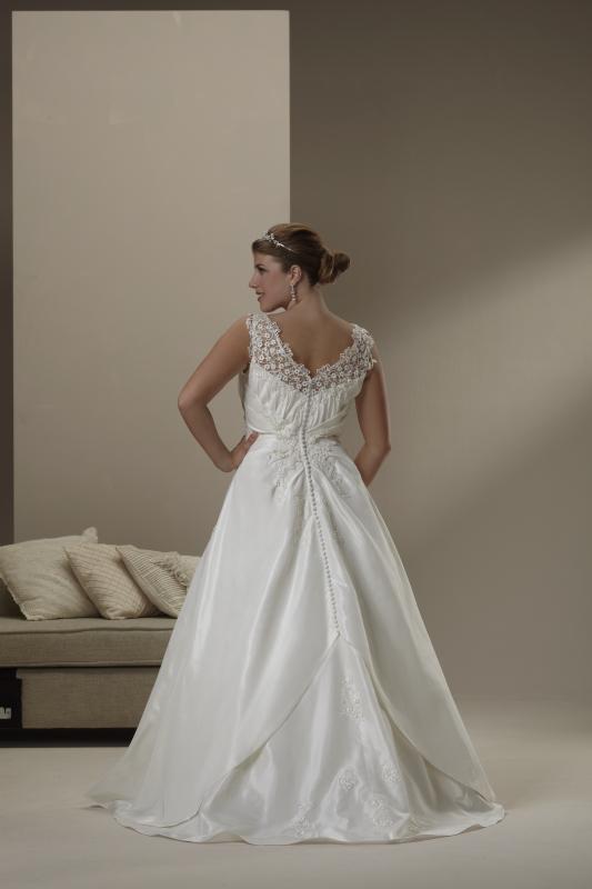 photo of 4520 Dress