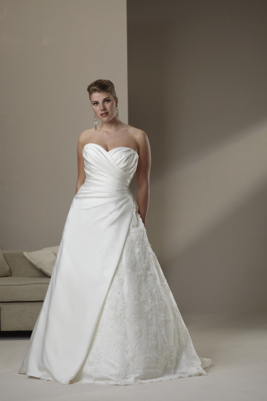 photo of 4522 Dress