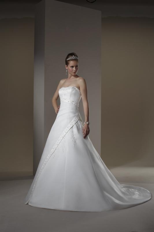 photo of 3567 Dress