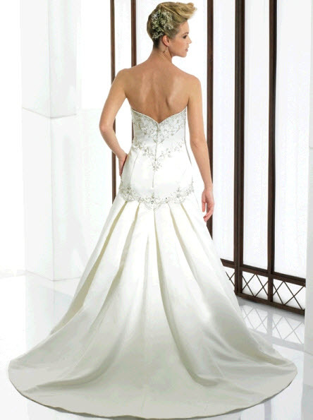 Moonlight-bridal-j6120-b.full