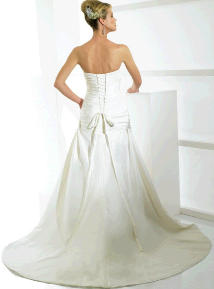 Moonlight-bridal-j6117-b.full