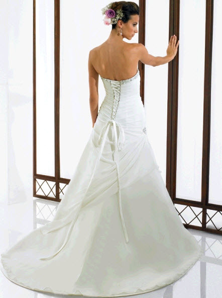 Moonlight-bridal-j6114-b.full