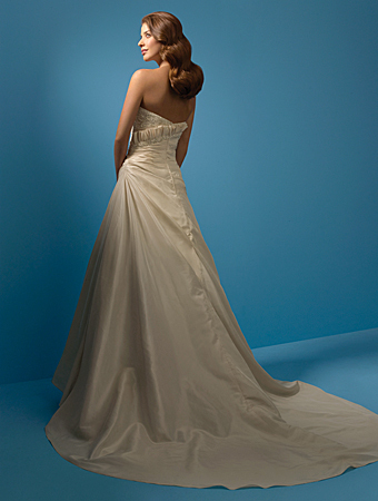 Alfred-angelo-2103-back.full
