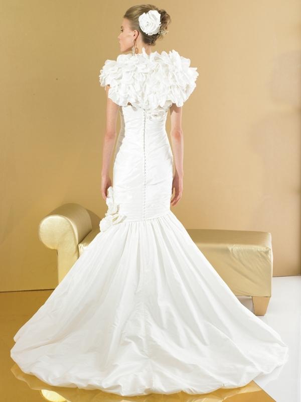 Val-stefani-wedding-dresses-d7973-b.full