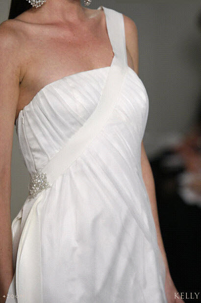 Badgley-mischka-bride-wedding-dress-kelly-detail.full