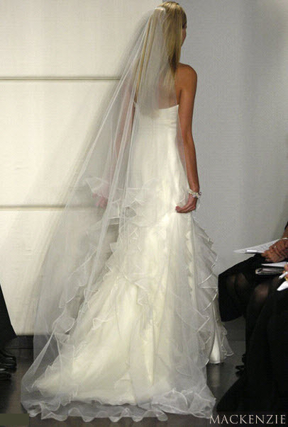 Badgley-mischka-bride-wedding-dress-mackenzie-back.full