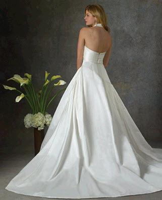 Bara-luxe-wedding-dress-lilly-back.full