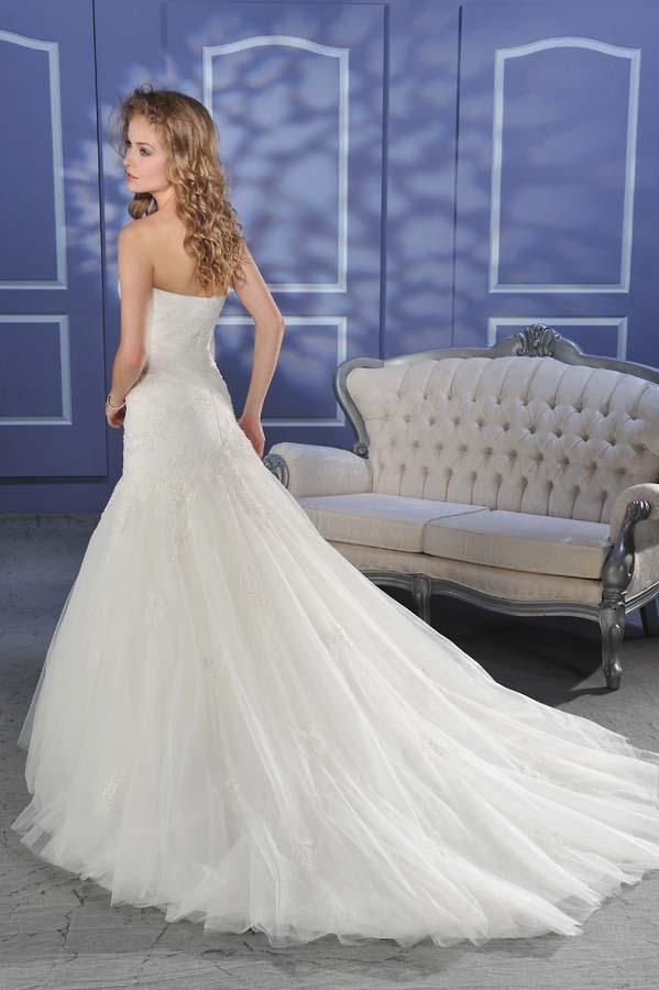 Bonny-bridal-wedding-dress-016-back.full