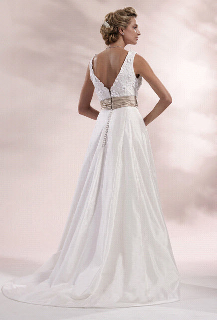 Chialieu-wedding-dress-1420-back.original