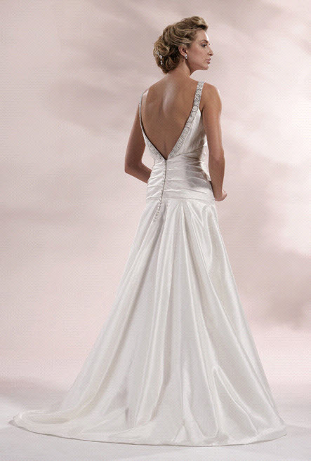 Chialieu-wedding-dress-1418-back.full