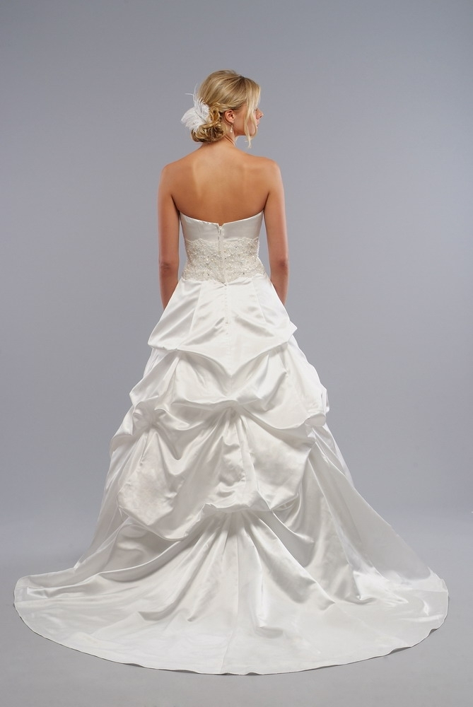 Lo-ve-la-9005-back.full