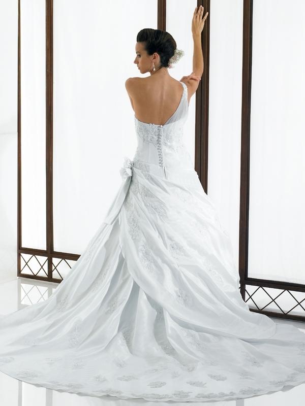 Valerie-couture-wedding-dress-h1101-back.full