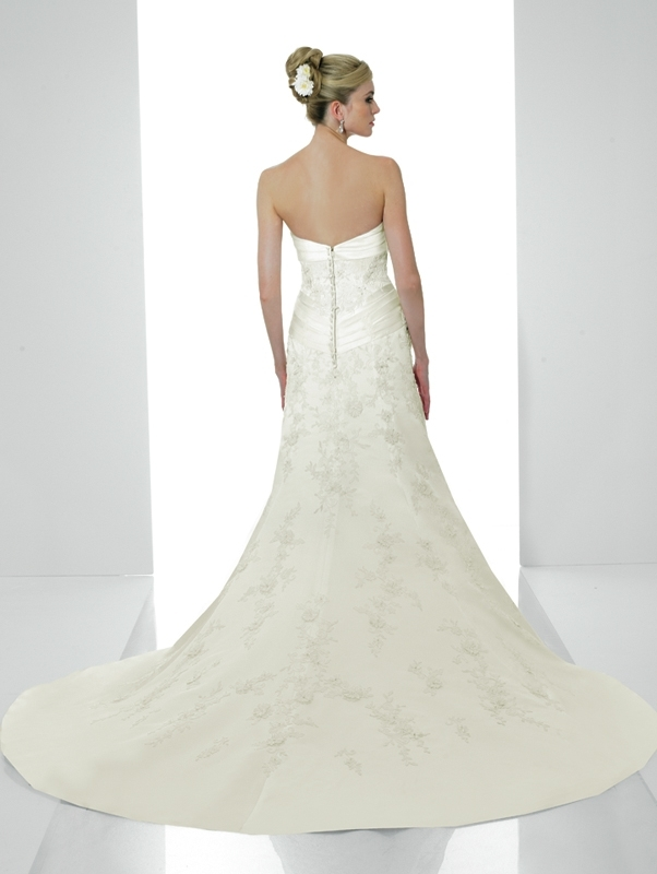 Valerie-couture-wedding-dress-h1120-back.full