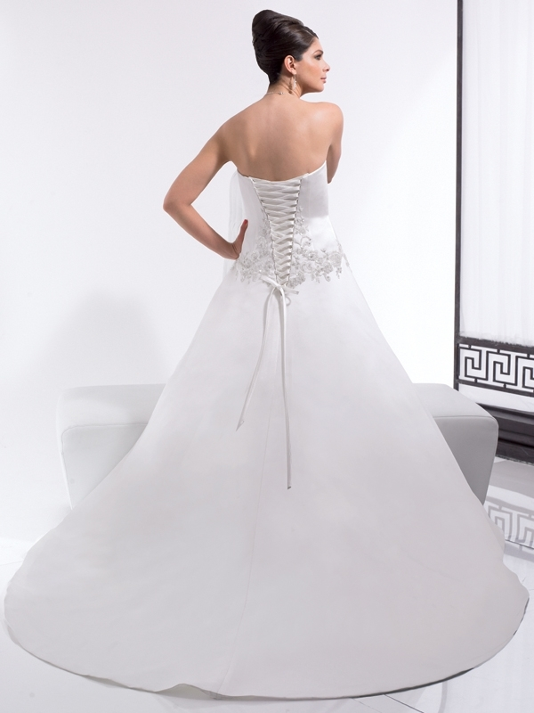 Moonlight-bridal-stephanie-collection-wedding-dresses-j5963-b.full