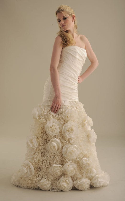 No-ordinary-bride-wedding-dress-848-2.full