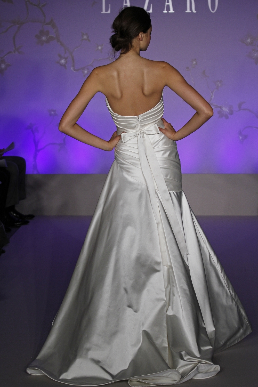 Lazaro-wedding-dress-fall-2010-3053-back.full