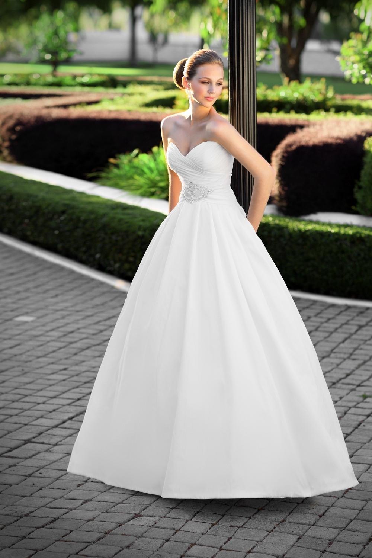 Essense-of-australia-wedding-dresses-2010-2011-d1103-2.full
