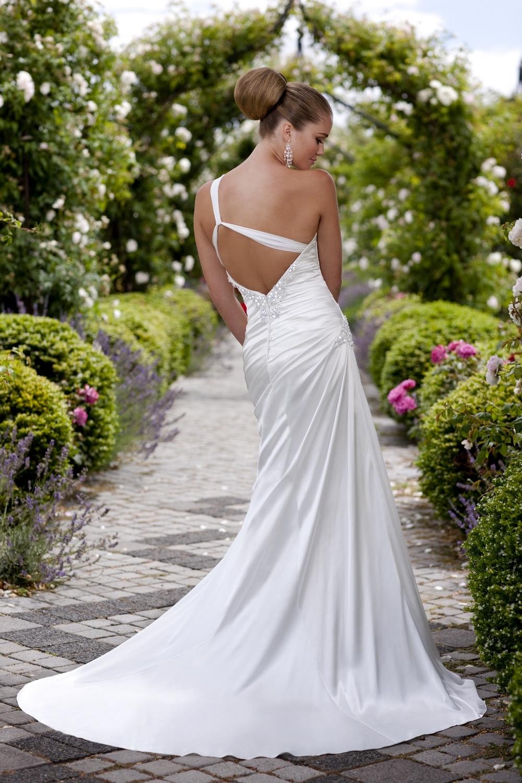 Essense-of-australia-wedding-dresses-2010-2011-d1104.full