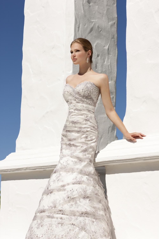 Essense-of-australia-wedding-dresses-2010-2011-d1108-detail.full