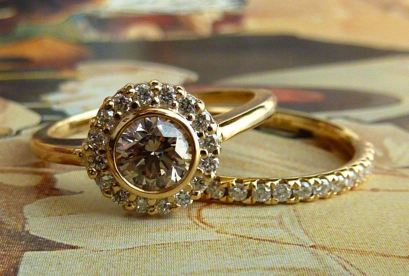 Unique Engagement Rings Wedding Bands On Etsy Yellow Gold Bezel Set