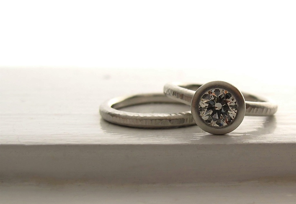 Platinum wedding ring and bank with round diamond from Etsy
