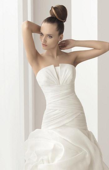 Aire-barcelona-naron-organza-white-wedding-dress-crumb-catcher-princess-a-line-detail.full