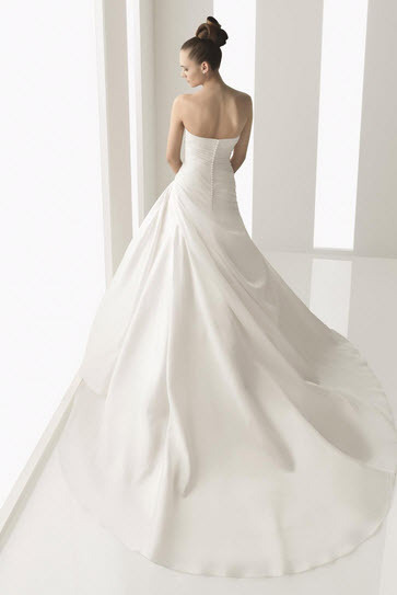 Aire-barcelona-narciso-organza-white-wedding-dress-bow-beneath-bust-full-aline-detail-back.full