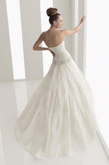 Aire-barcelona-nature-organza-white-strapless-ballgown-wedding-dress-jeweled-belt-back.full