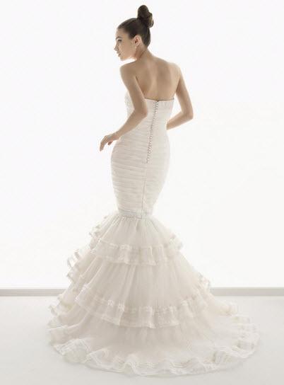 Aire-barcelona-numancia-silk-organza-wedding-dress-strapless-trumpet-tiered-skirt-back.full