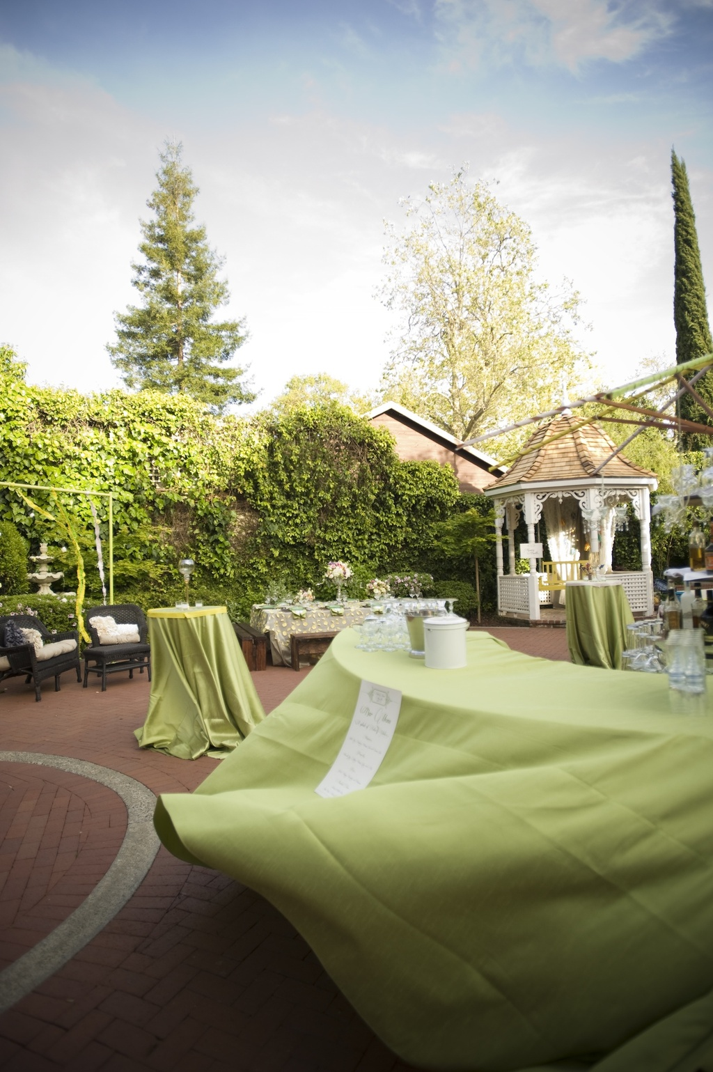whimsical wedding inspiration outdoor venue green linens