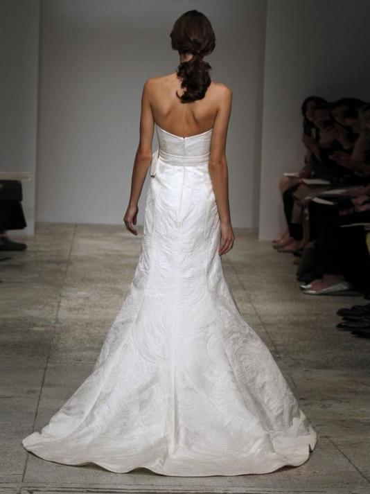 Amsale-naiomi-spring-2011-wedding-dress-strapless-trumpet-jacquard-with-sash-back.full