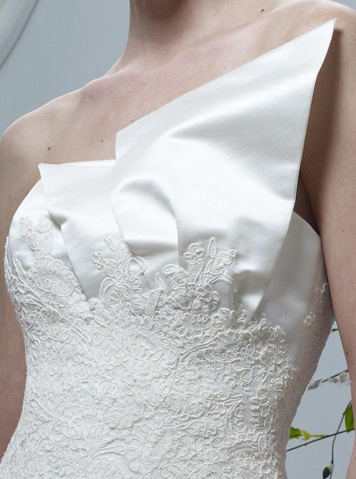 Spring-2011-sasha-wedding-dresses-one-shoulder-ivory-lace-mermaid-detail.full