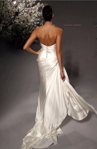 Rk225-romona-keveza-spring-2011-wedding-dress-deep-sweetheart-satin-white-back.full