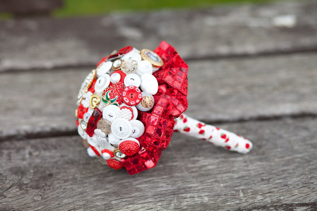 Wedding-flower-alternatives-bridal-bouquets-from-etsy-red-white.full