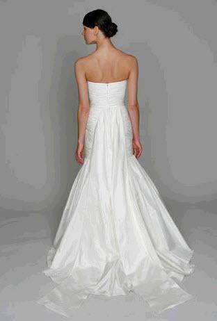 Bl1111-ivory-taffeta-monique-lhuillier-wedding-dress-mermaid-sweetheart-back.full