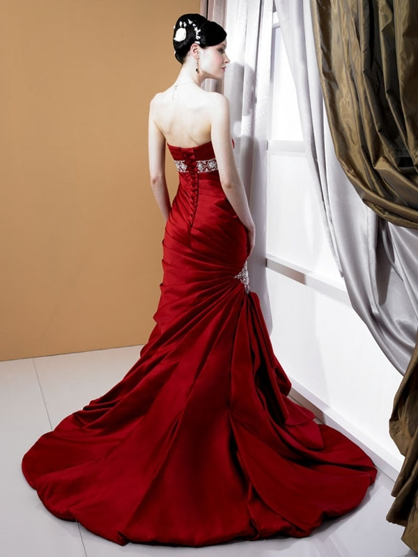 J6165-red-wedding-dress-2011-stephanie-couture-empire-applique-strapless-back.full