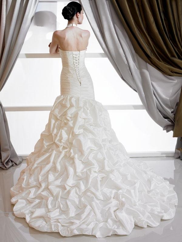 J6177-ivory-cream-2011-lace-wedding-dress-halter-jeweled-beading-back.full
