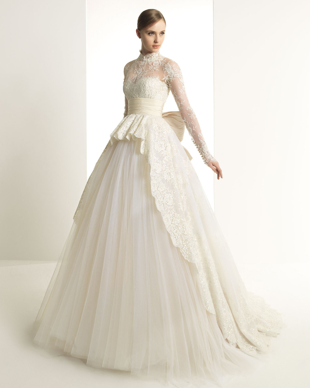 2013-wedding-dress-zuhair-murad-for-rosa-clara-bridal-gowns-305.full