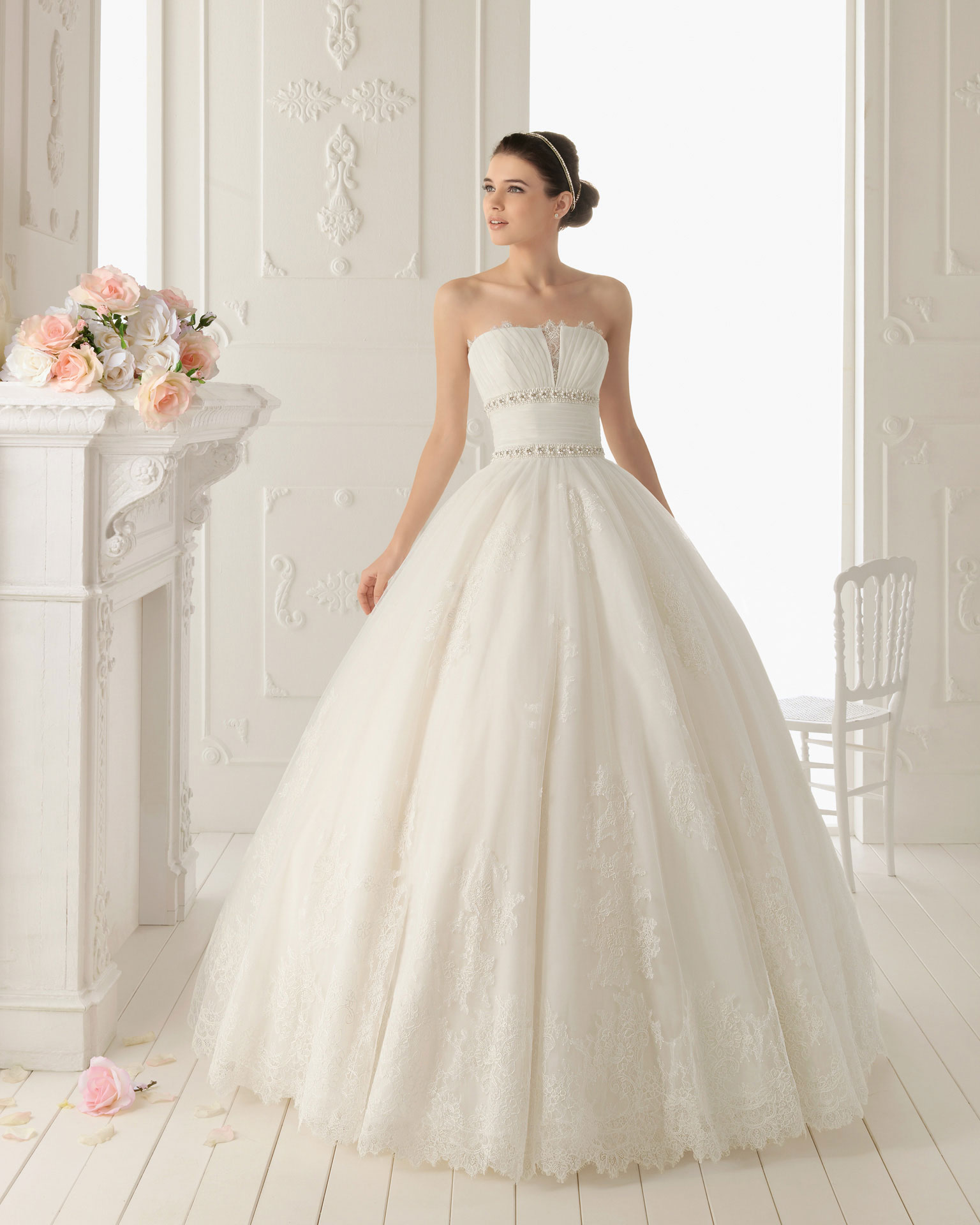 2013 wedding dress aire barcelona bridal gowns ray for Wedding dresses in barcelona spain