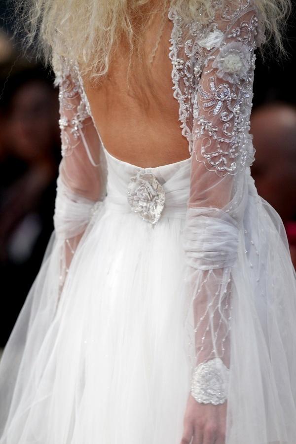 Arwen-2011-wedding-dress-claire-pettibone-lace-sheer-back-detail.full