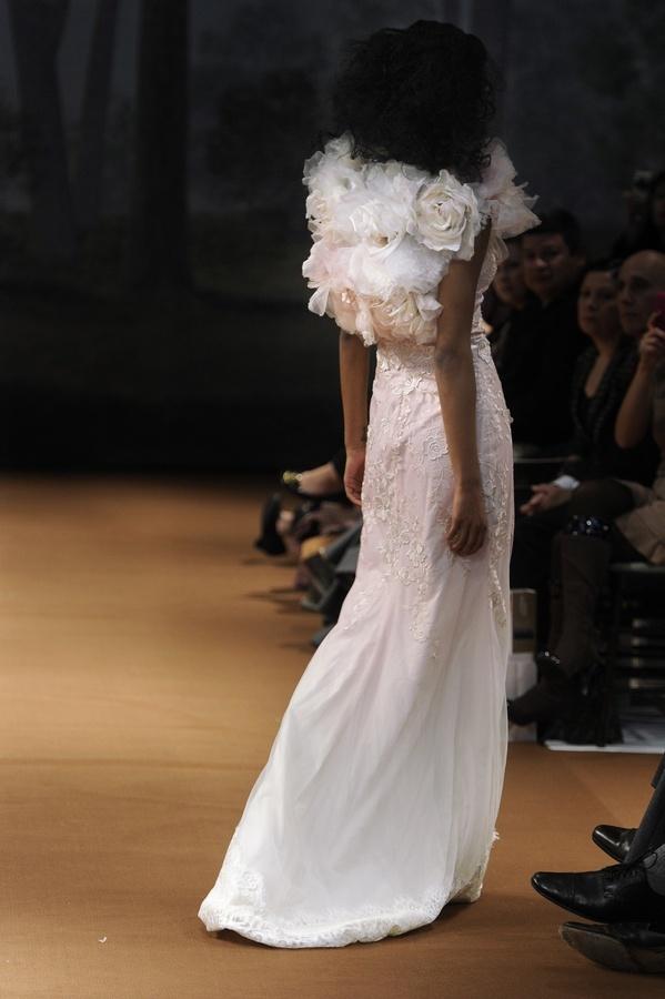 Dew-drop-2011-wedding-dress-claire-pettibone-floral-applique-blush-pink-back.full