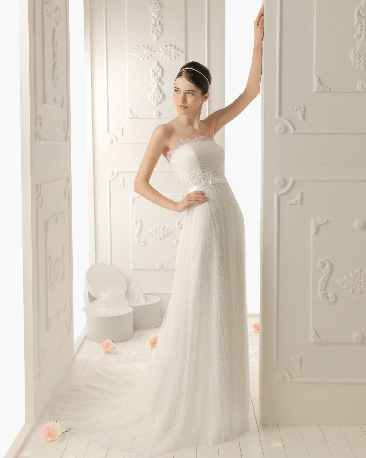 2013 wedding dress aire barcelona bridal gowns remmy for Wedding dresses in barcelona spain