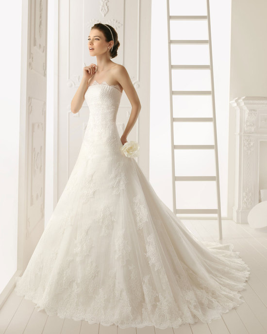 2013 wedding dress by Aire Barcelona bridal gowns Rabat