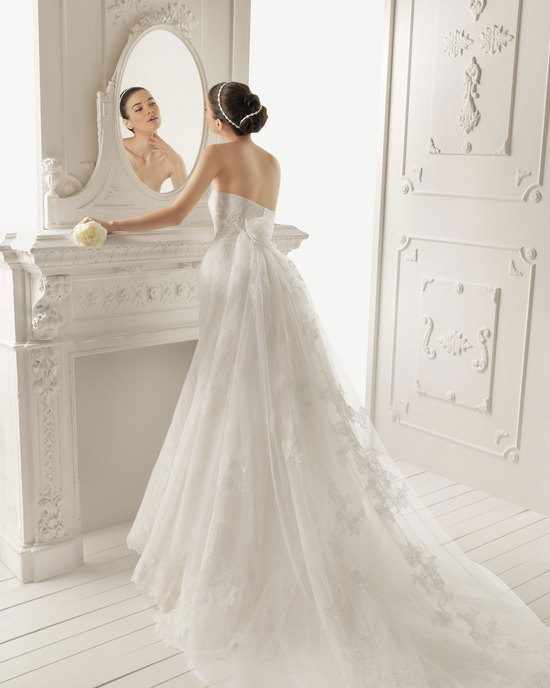 2013 wedding dress by Aire Barcelona bridal gowns Radley
